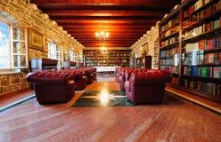 Vieille bibliothèque Photo libre de droits