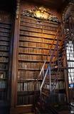 Vieille bibliothèque baroque Photos libres de droits