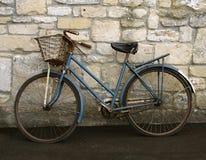 Vieille bicyclette Image libre de droits