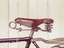 Vieille bicyclette (style d'effet de vintage) Image libre de droits
