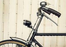 Vieille bicyclette (style d'effet de vintage) Images libres de droits
