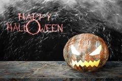 Vieille bille d'acier rouillée pour Halloween Photos stock