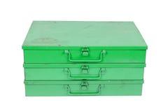 Vieille boîte en métal d'isolement Photo stock
