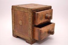 Vieille boîte pour des bijoux photos stock