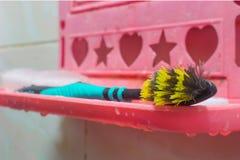 Vieille brosse à dents Image stock