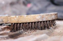 Vieille brosse métallique Photo libre de droits