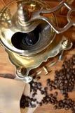 Vieille broyeur de café Photos stock