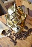 Vieille broyeur de café Photo stock