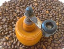 Vieille broyeur de café Images libres de droits