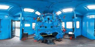 Vieille cabine de conducteurs de train Couleur bleue panorama 3D sphérique avec l'angle de visualisation de 360 degrés Préparez p photographie stock libre de droits