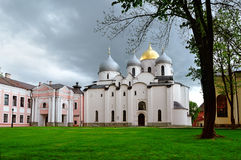 Vieille cathédrale orthodoxe de St Sophia dans Veliky Novgorod, Russie Images stock