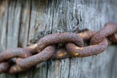 Vieille chaîne rouillée, images libres de droits