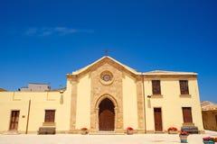 Vieille chapelle restaurée dans Marzamemi, Sicile (Italie) Photographie stock libre de droits