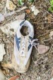 Vieille chaussure de sport Image libre de droits