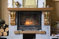 Vieille cheminée image stock