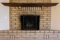 Vieille cheminée portée Images stock