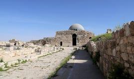 Vieille colline romaine de citadelle de la capitale Amman de la Jordanie Image stock