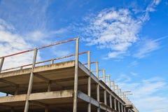 Vieille construction de toit de fer Photos stock