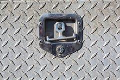 Vieille couverture de service en acier extérieure avec l'électrodéposition de diamant Photo libre de droits