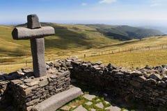 Vieille croix en pierre Image stock