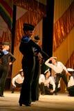 Vieille danse russe nationale traditionnelle acrobatique Yablochko de marin Photo stock