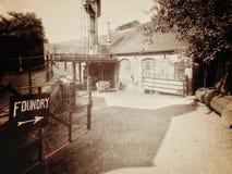 Vieille entrée de fonderie photos libres de droits