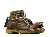 Vieille et cassée chaussure. Image libre de droits