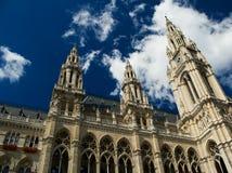 Vieille et imposable construction à Vienne Photo libre de droits
