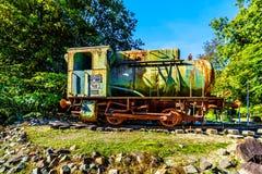 Vieille et rouillée locomotive à vapeur photographie stock