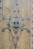 Vieille et usée porte en bois dans la ville de Valldemosa dans le Balear Photo stock