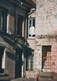 Vieille façade au s de Morêt loing photo libre de droits