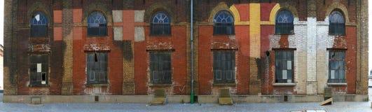 Vieille façade d'usine photo stock