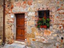 Vieille façade de brique Photo libre de droits