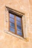 Vieille fenêtre antique faite de bois Photographie stock libre de droits