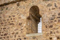 Vieille fenêtre de forteresse médiévale Région de mancha de La de la Castille l'espagne Photo stock