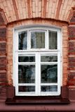 Vieille fenêtre gentille images libres de droits