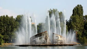 Vieille fontaine Photographie stock libre de droits