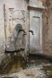 Vieille fontaine de rue Image libre de droits