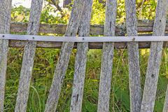 Vieille frontière de sécurité en bois Photo stock