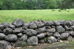 Vieille frontière de sécurité en pierre Photographie stock libre de droits