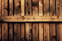 Vieille frontière de sécurité en bois brune Photos stock