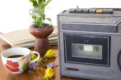 Vieille génération de bande plus ancienne de cassette sonore il y a 20 ans photos libres de droits