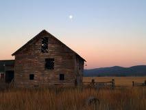 Vieille grange Photos libres de droits