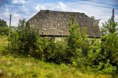 Vieille grange abandonnée image libre de droits