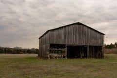 Vieille grange superficielle par les agents de tabac Images stock