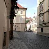 Vieille, historique et vide rue Photos libres de droits