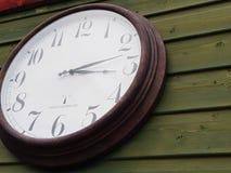 Vieille horloge illustration libre de droits
