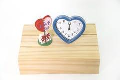 Vieille horloge avec amour Photos libres de droits