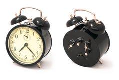 Vieille horloge d'alarme noire Photographie stock libre de droits