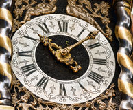 VIEILLE HORLOGE DE CHARIOT Photo stock